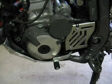 Suzuki DRZ 400 DRZ400  Front Sprocket Case Saver Guard Protector