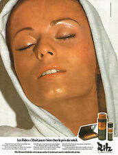 PUBLICITE ADVERTISING 084  1974  CHARLES OF THE RITZ   cosmétiques solaires