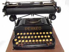 Maquina de escribir PERKEO  plegable Macchina da scrivere TYPEWRITER folding
