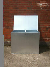LARGE GALVANISED FEED BIN WITH TWO COMPARTMENTS. HORSE,CHICKEN ,FEED ,GRAIN.