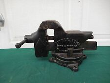 Vintage Used Tools -  No. 400 Bench Vise - Littlestown Hardware and Foundry