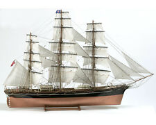 "Elegant, brand new wooden model ship kit by Billing Boats: the ""Cutty Sark"""