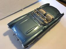 Danbury Mint 1:12 1956 Blue Corvette Convertible Museum Masterpiece!