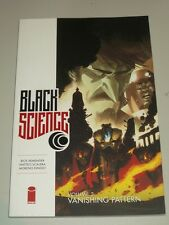 Black Science: Vol 3: Vanishing Pattern (Paperback, 2015) 9781632153951