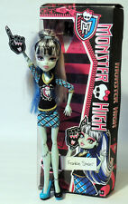MONSTER HIGH DOLL - FRANKIE STEIN - GHOUL SPIRIT . WITH ORIGINAL BOX!