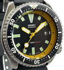 Vintage SEIKO mens diver 7002 mod w/all YELLOW Plongeur hand set & Chapter Ring!