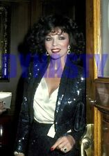 DYNASTY #11439,JOAN COLLINS,candid photo,THE COLBYS