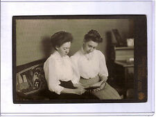 YOUNG TEENAGE VICTORIAN GERMAN GIRLS READING SUPERB ARTISTIC ORIGINAL PHOTOGRAPH