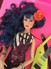 RARE STORMER JEM AND THE HOLOGRAMS DOLL INTEGRITY COLOR INFUSION ROYALTY