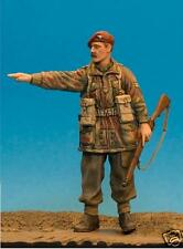 1/35th wwii british para nco pointing wee friends WF35022 non peinte model kit