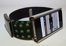 ETUI DE CEINTURE TOP MODEL ZARA IKKS pour iPhone 4 / 4S / 5C / 5SE