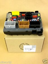 GENUINE CITROEN & PEUGEOT UNDER BONNET FUSE BOX 9807028580