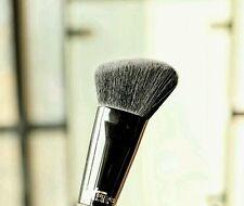 #315 IT Cosmetics Ulta Velvet Luxe angled Soft Focus Sculpting Brush contour