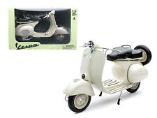 New Ray 1/6 1955 Vespa 150 VL 1T Scooter Motorcycle Diecast White