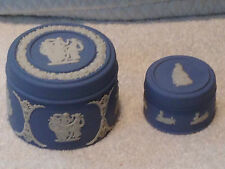 ❤LARGE WEDGWOOD BLUE JASPERWARE ROUND LIDDED PILL TRINKET BOX 1978 VINTAGE VGC ❤