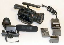 Panasonic Pro AG-DVC30 3-CCD MiniDV Camcorder w/16x Optical Zoom -BUNDLE-