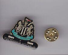 Newcastle United v Tottenham Hotspur 2004-05 - lapel badge butterly fitting