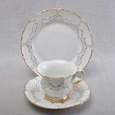 Meissen B-Form 3tlg. Gedeck, Kaffeetasse, UT, Teller, weiß und Gold