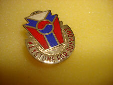Metal Badge US Army 443rd SUPPORT GROUP Distinctive Unit Insignia