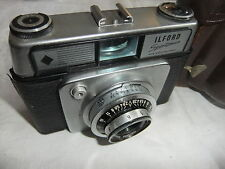 Range finder camera ILFORD SPORTMAN with DACORA 1:2,8/45 lens + leather case. 39
