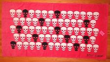 BETSEY JOHNSON 100% COTTON BEACH TOWEL PINK SKULLS NEW AUTHENTIC