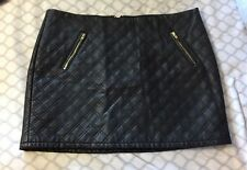 EXPRESS Large BLACK FAUX LEATHER MINI SKIRT Gold Zippers Vegan Lined