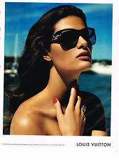 PUBLICITE ADVERTISING 054   2010  LOUIS VUITTON  collection solaires lunettes