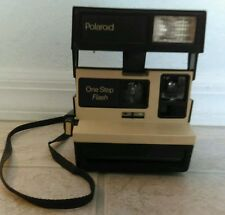 POLAROID ONESTEP 600 with Flash RARE- BEIGE/TAN! WORKS! Great condition! Vintage