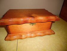 VINTAGE WOOD JEWELRY BOX CARVED EDGES