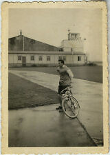 PHOTO ANCIENNE - VINTAGE SNAPSHOT - VÉLO BICYCLETTE CYCLISTE HOMME - BIKE MAN