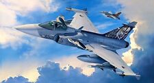Revell 04999 Saab JAS-39C Gripen Plastic Kit scale 1/72 Scale - Tracked 48 Post
