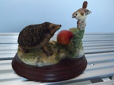Border Fine Arts, Very Rare ,HEDGEHOG AND WREN, Delightful.with cert.NOS boxed