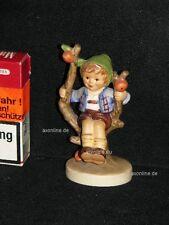 "Goebel Hummel Figur 142 3/0 ""Herbst Junge"", apple tree boy, Junge auf Baum"