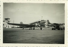 PHOTO ANCIENNE - VINTAGE SNAPSHOT - AVION DC-3 TUNIS AIR ALGER - PLANE 1958