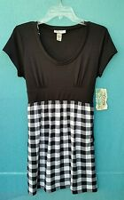 Belle du Jour Black & White Short Sleeve Dress above knee Juniors Sz L Casual