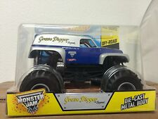 Hot Wheels Monster Jam Grave Digger The Legend Die-Cast Vehicle, 1:24 Scale