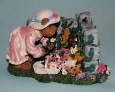 """Boyds Bears """"Elizabeth Bearsley...Garden Time"""" butterflies, flowers 2277940 NIB"""