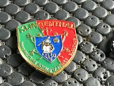 PINS PIN BADGE ARMEE MILITAIRE MANUFACTURE ROYALE ARMES BLANCHES KLINGENTHAL