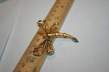 Dragonfly Goldtone Pin with Wings in Motion/preowned