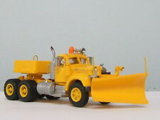 "1/87 ""HO"" SCALE RESIN KIT- MACK B61 SNOW PLOW TRUCK TRACTOR"