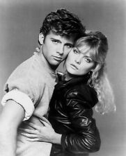 Michelle Pfeiffer and Maxwell Caulfield UNSIGNED photo - H4874 - Grease 2