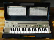 Piano clavier électronique synthé YAMAHA PortaSound PC-100 electronic Keyboard
