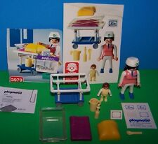 COMPLETE Playmobil 3979 PEDIATRIC NURSE w/ BABY Incubator Crib Bassinet Hospital
