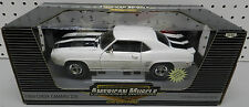 1969 69 CHEVY CAMARO Z28 302 WHITE  1 2,500 AMERICAN MUSCLE RC2 33763 ERTL 1/18