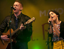 Andrea Corr and Jim Corr UNSIGNED photo - H5379 - The Corrs