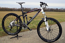 ! Wunderschönes Ghost Carbon Fully Mountain Bike Modell Ghost AMR Plus Lector !