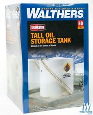 3168 Walthers Cornerstone Tall Oil Storage Tank w/ Berm - HO Scale