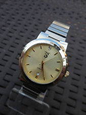 ANCIENNE VS DIAMOND VJ32, BELLE MONTRE US DES SEVENTIES HOMME GUICHET DATE