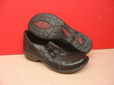 Women's CLARKS Black Leather Loafers Size 6M