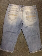 Arizona Size 9 Capri Jeans Shorts
